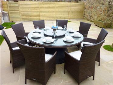 Ample outdoor and indoor dining at this Jersey holiday home
