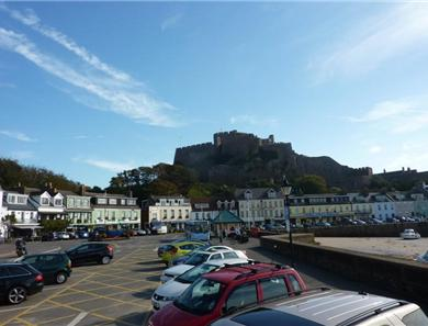Gorey harbour is a short stroll and has more restaurants, bars and the beautiful castle