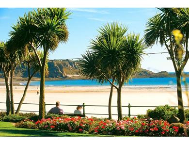 A stroll from the hotel along the bay takes you to St Brelade Gardens and a choice of bars and restaurants.