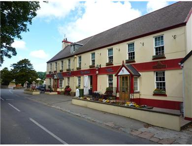 The country pub offers bar meals and has a beer garden and small childrens play area