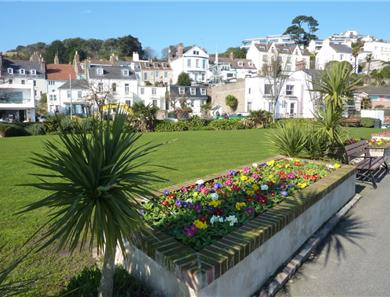 The esplanade walk in St Aubin