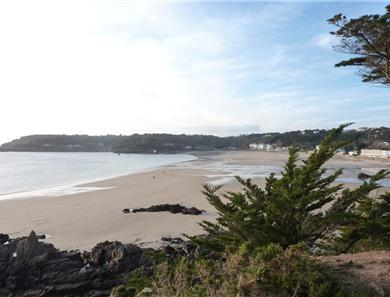 St Brelade's bay is approximately 2 miles away and offers a sandy beach along with restaurants and bars.