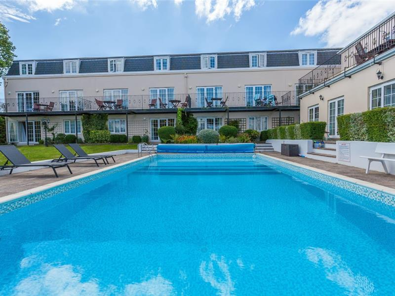 Macoles - 4 Star Apartments in St Peter Port - Guernsey