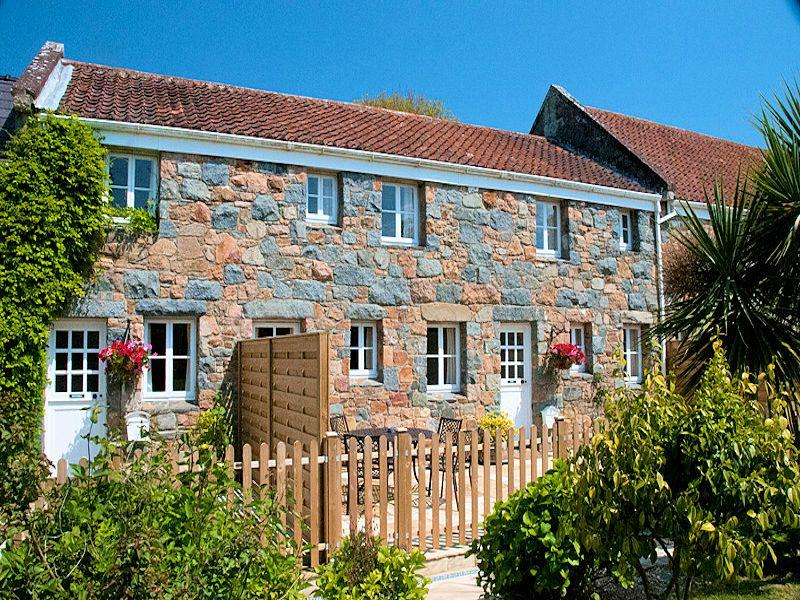 Macoles Self Catering Holidays 5137/969