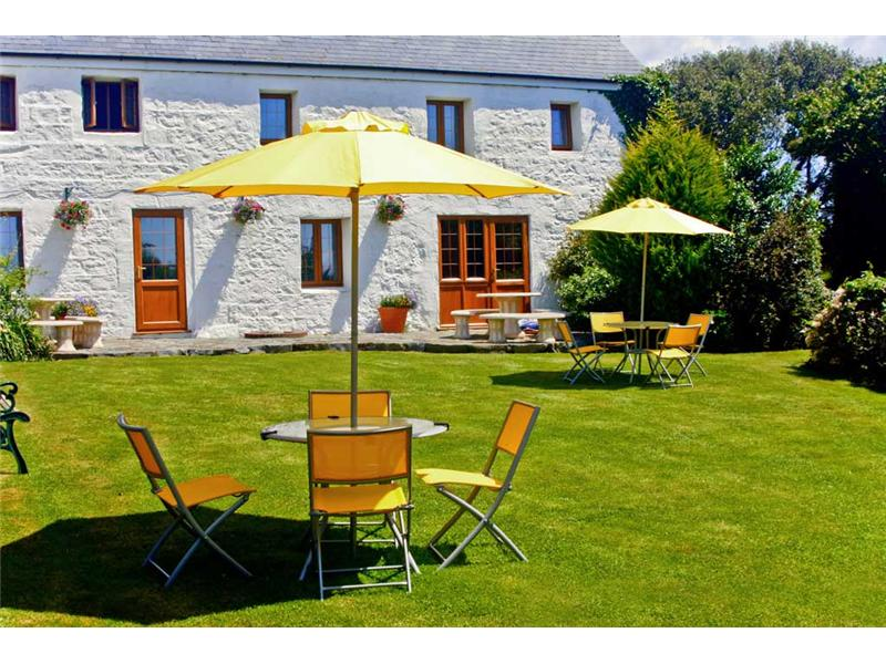 Macoles Self Catering Holidays 6156/355