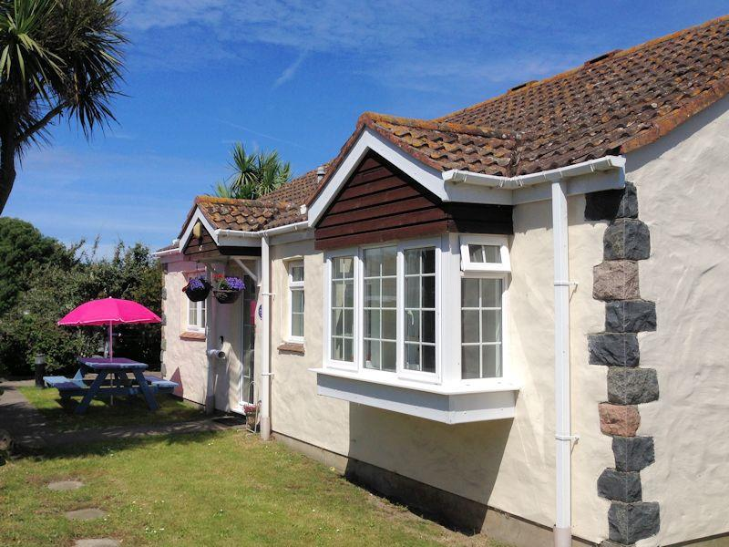 Macoles Self Catering Holidays 7756/710