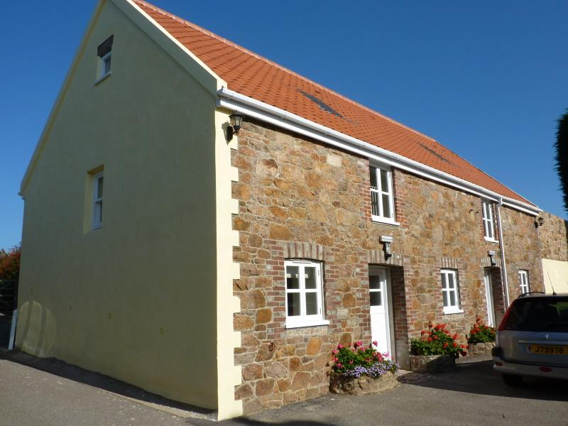 Macoles - Kings Cottage - Jersey